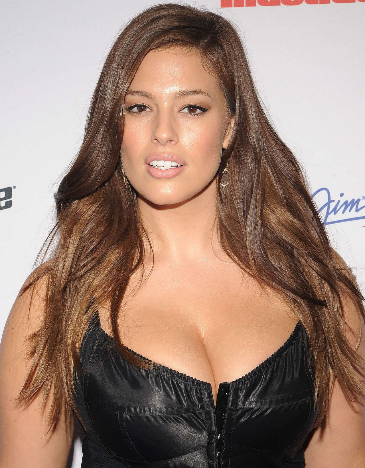 Ashley Graham 8