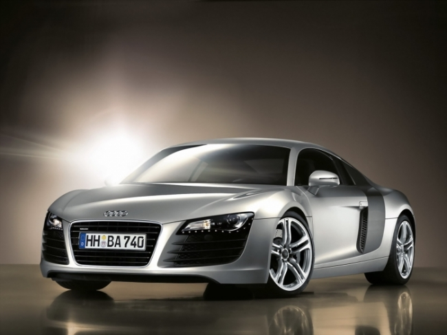 Audi R8 Front Angle