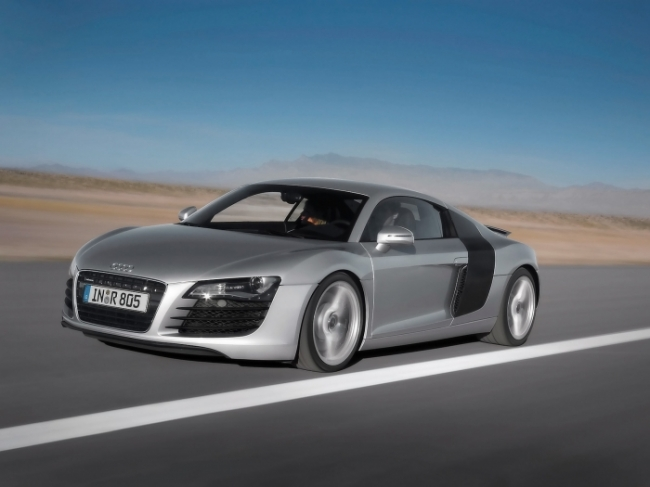 Audi R8 Side Angle Mountains