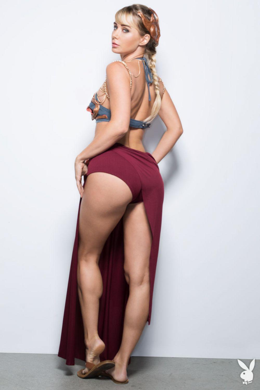 Sara Jean Underwood 26