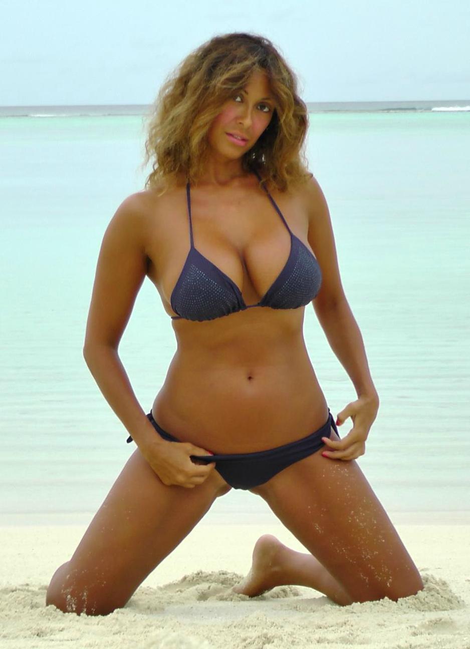 Sara Varone Bikini