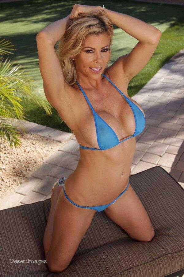alexis fawx bikini