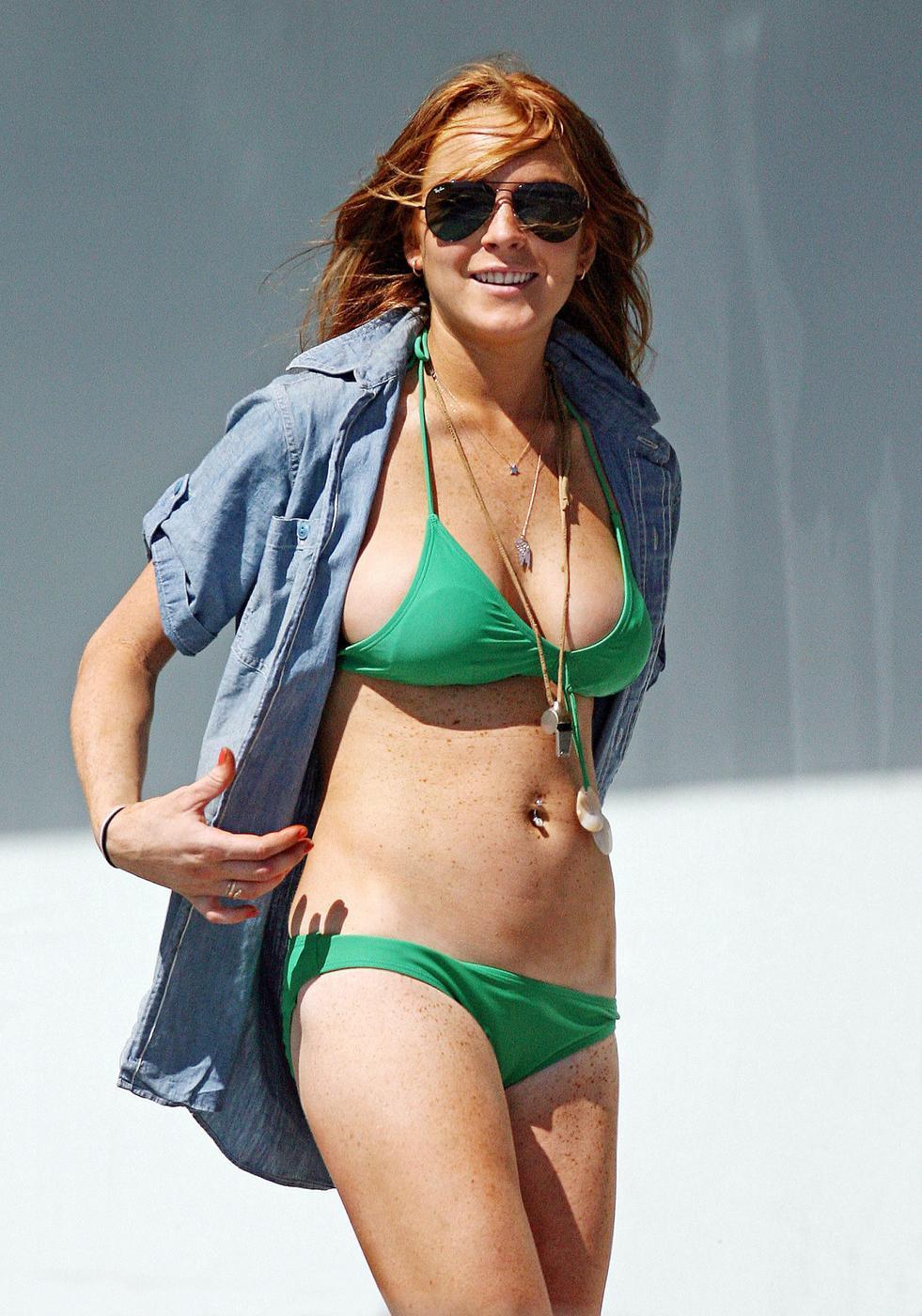 lindsay lohan green bikini