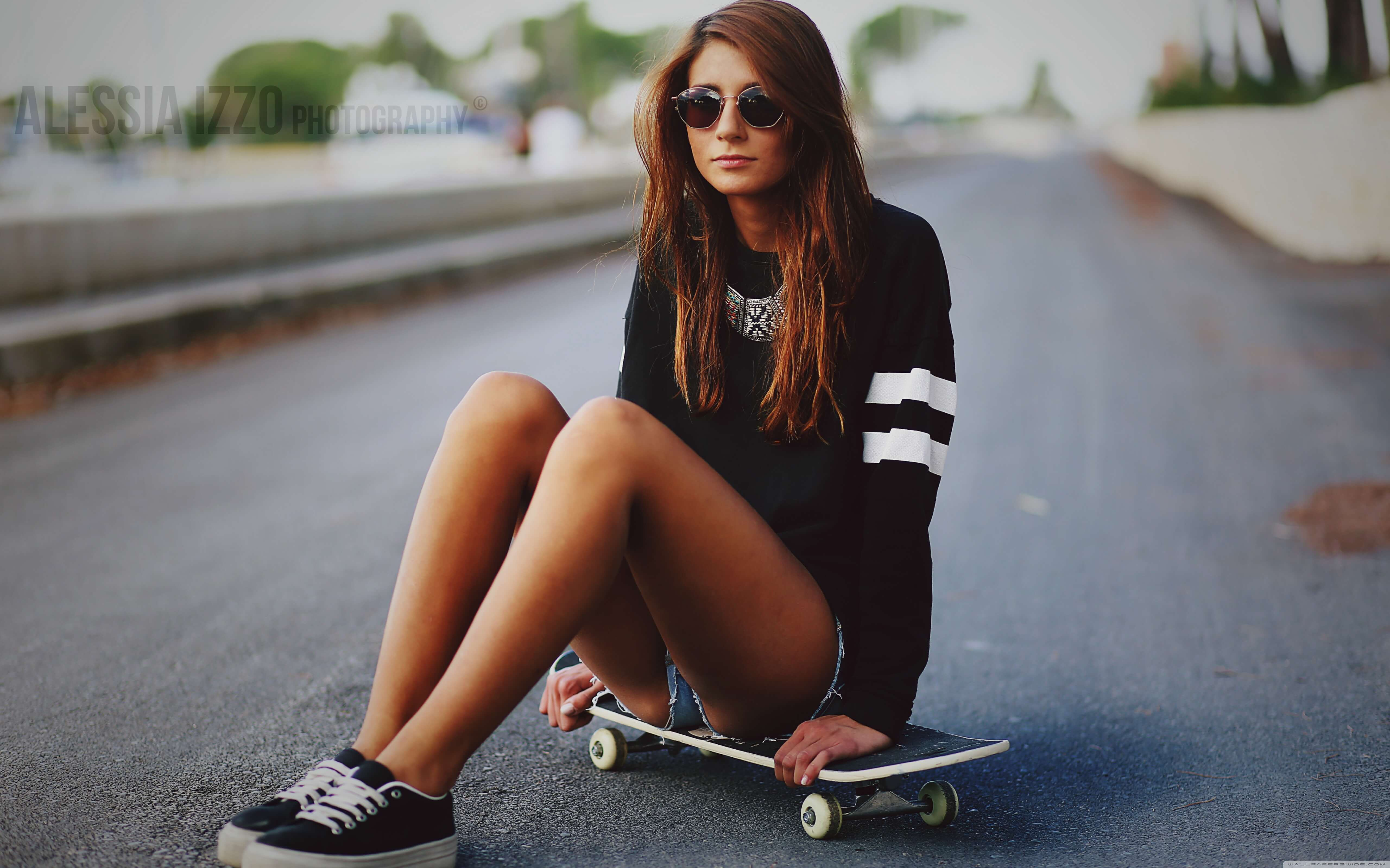 skater girl wallpaper