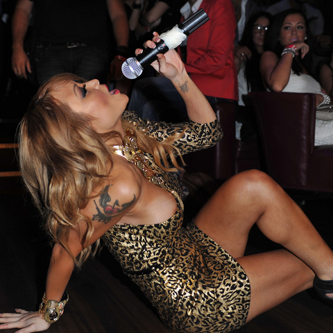tila tequila 16