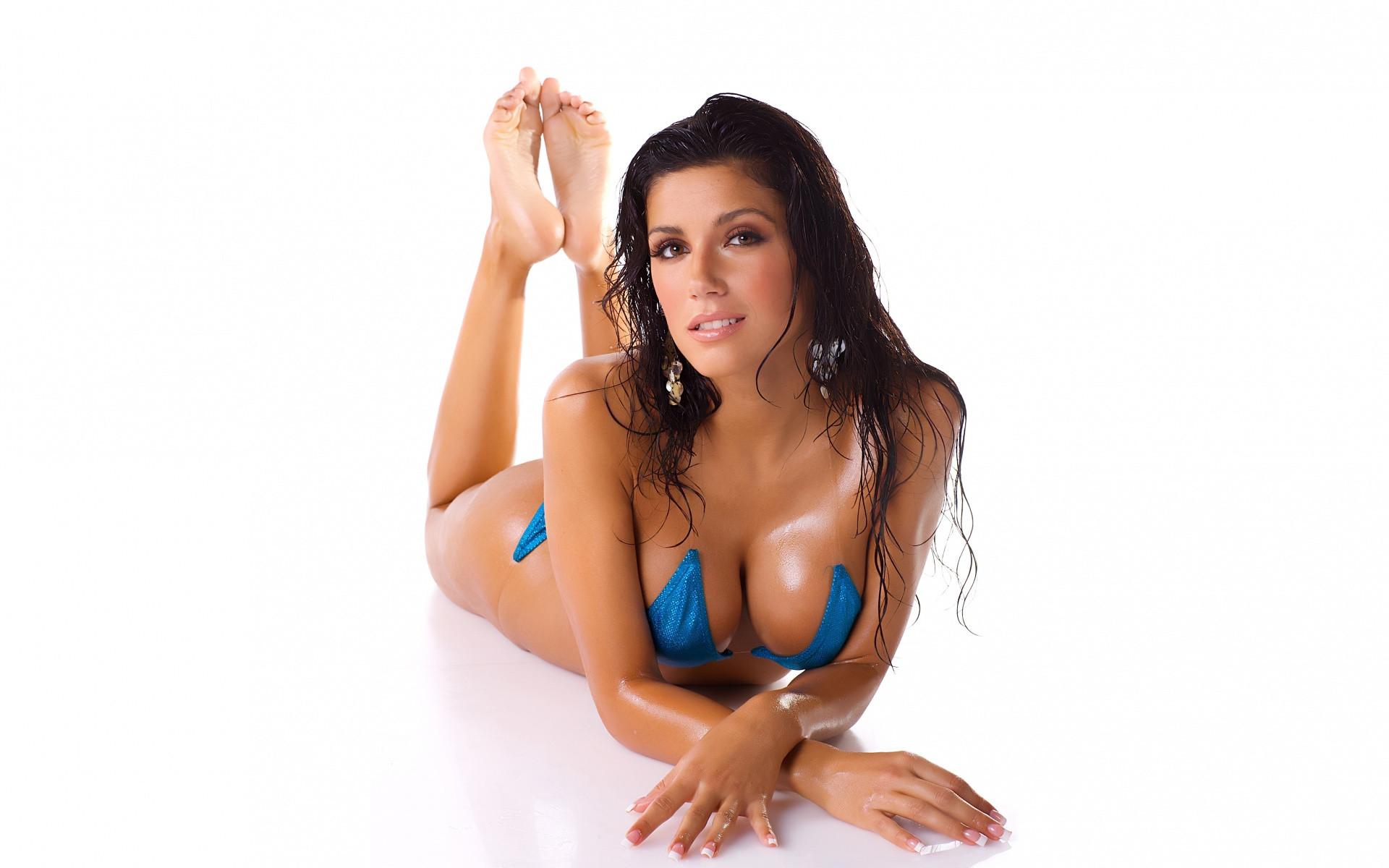 wet sexy brunette model blue bikini outfit 1920x1200