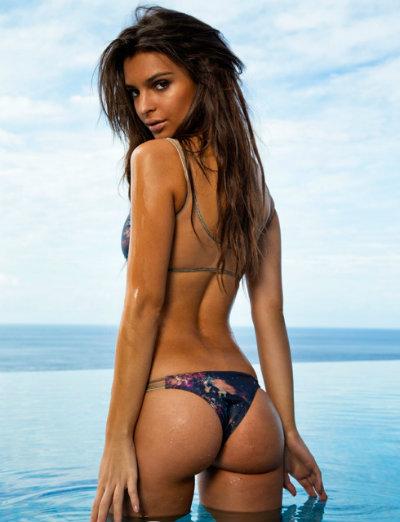 Emily Ratajkowski bikini
