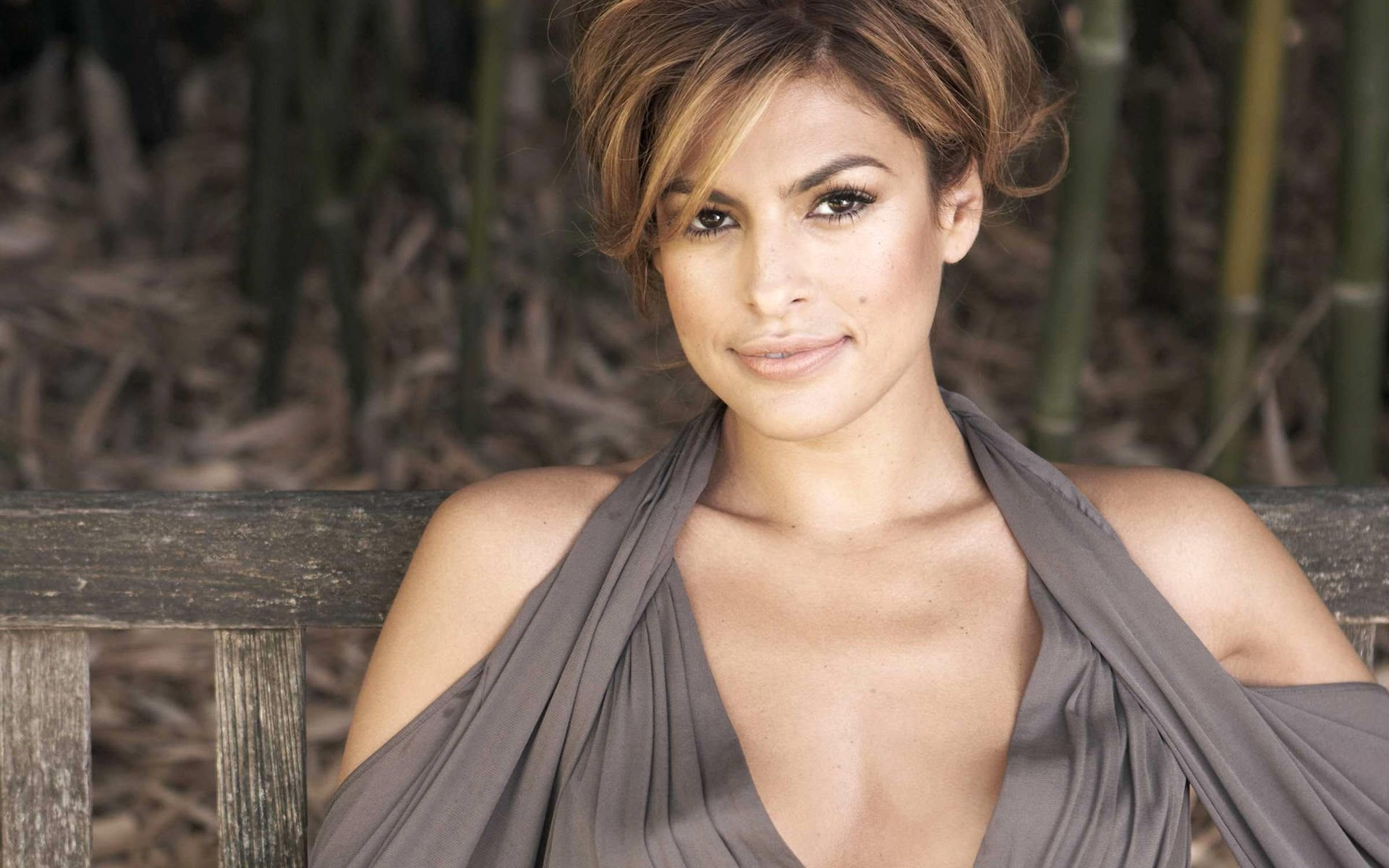 Eva Mendes High Definition Wallpapers 2