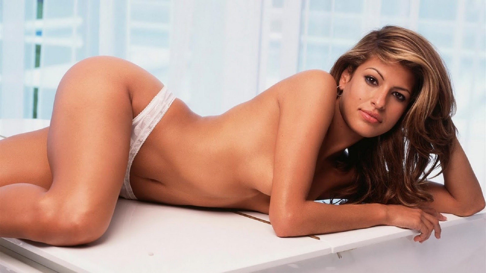Eva Mendes Wallpapers Nude