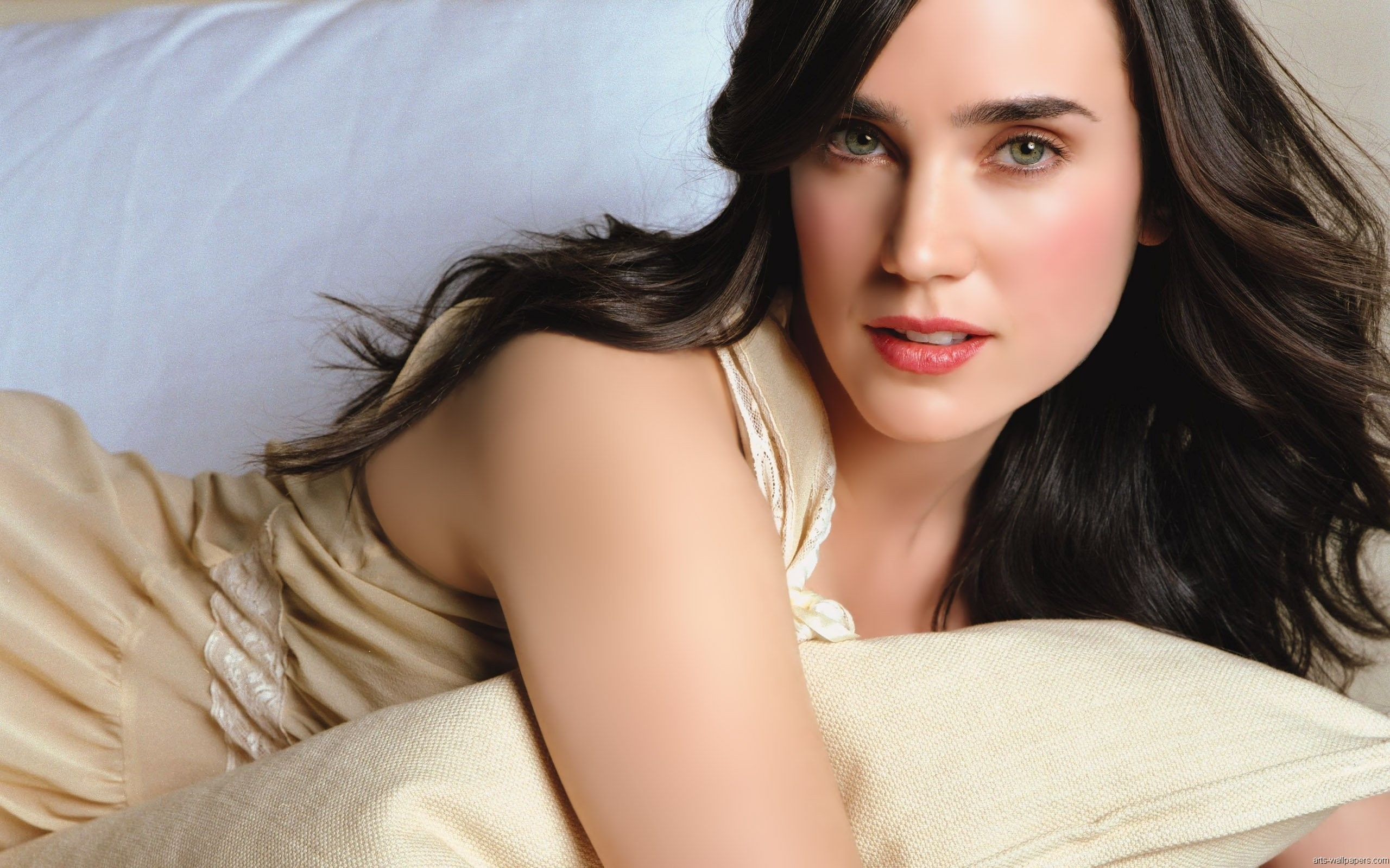 Jennifer Connelly HD Desktop Image