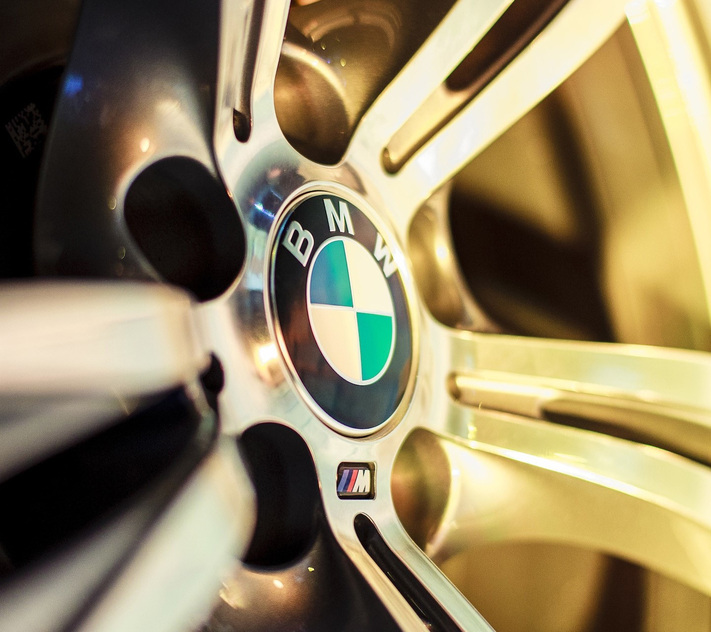 BMW M Wheel wallpaper 10058119