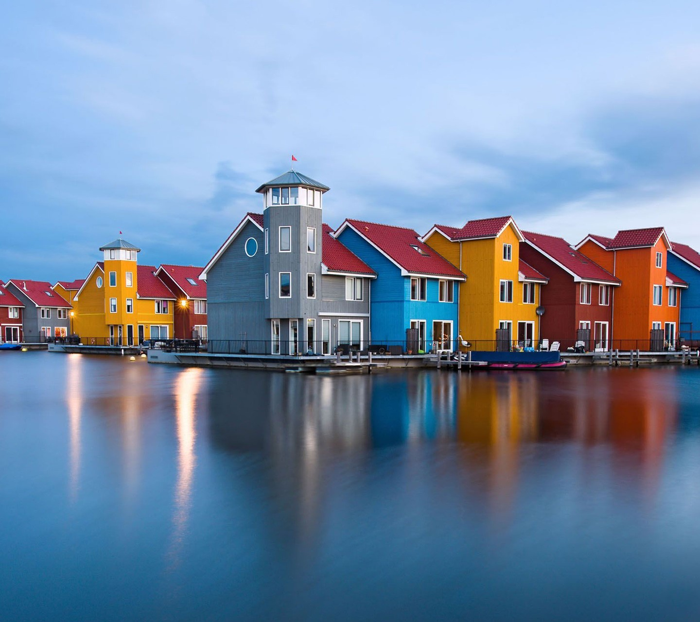 Colorful Houses wallpaper 10189569