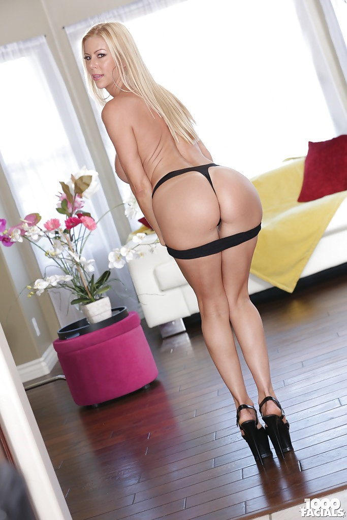 Alexis Fawx Hot Photos