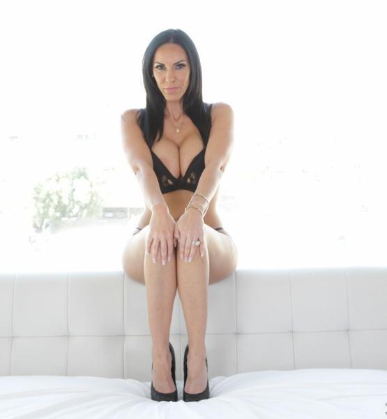 Veronica Rayne 5
