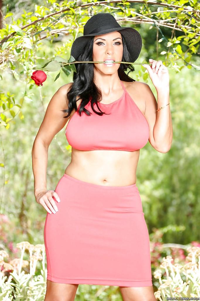 Veronica Rayne Pics