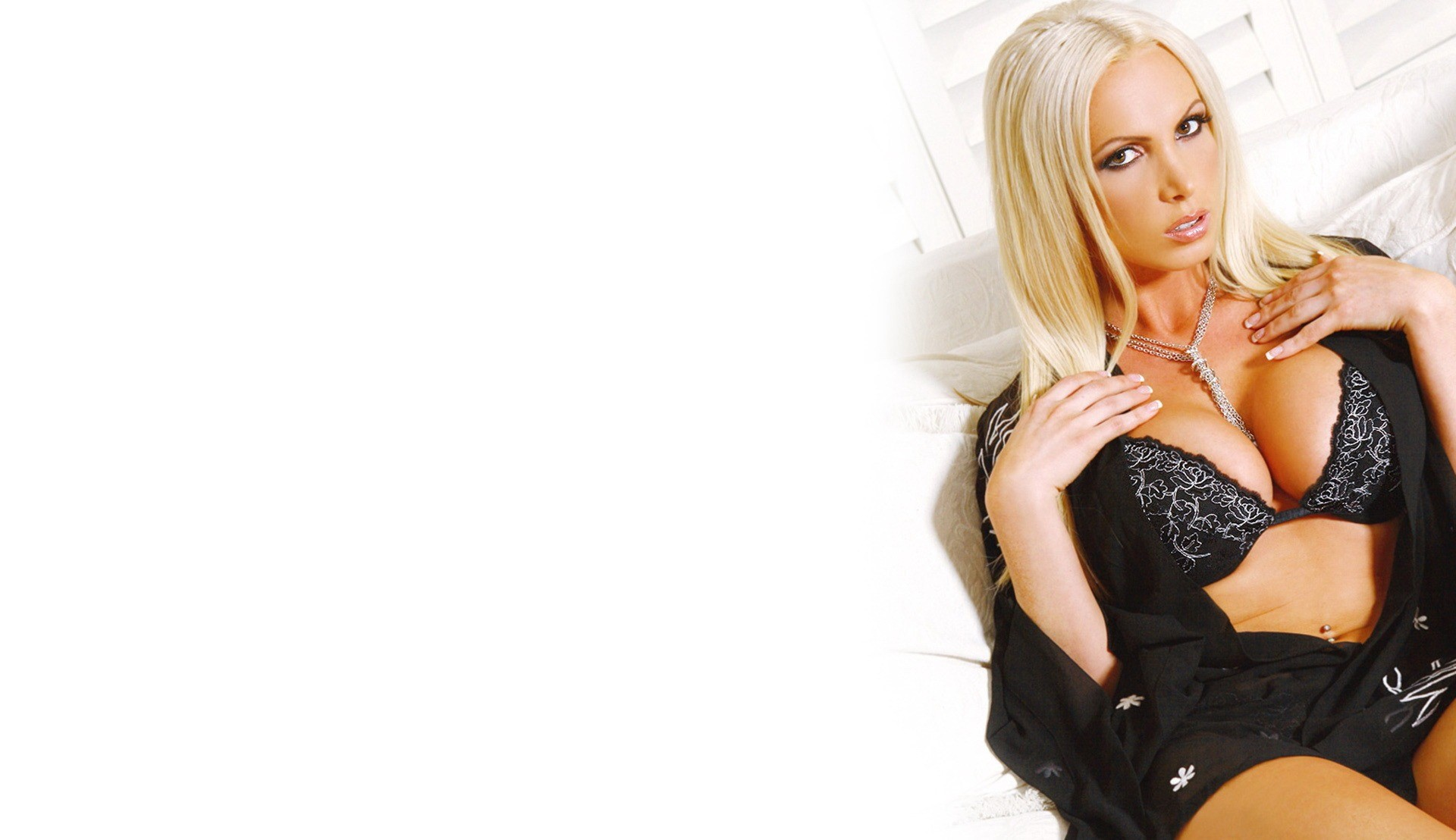 Nikki Benz 1080p Wallpapers