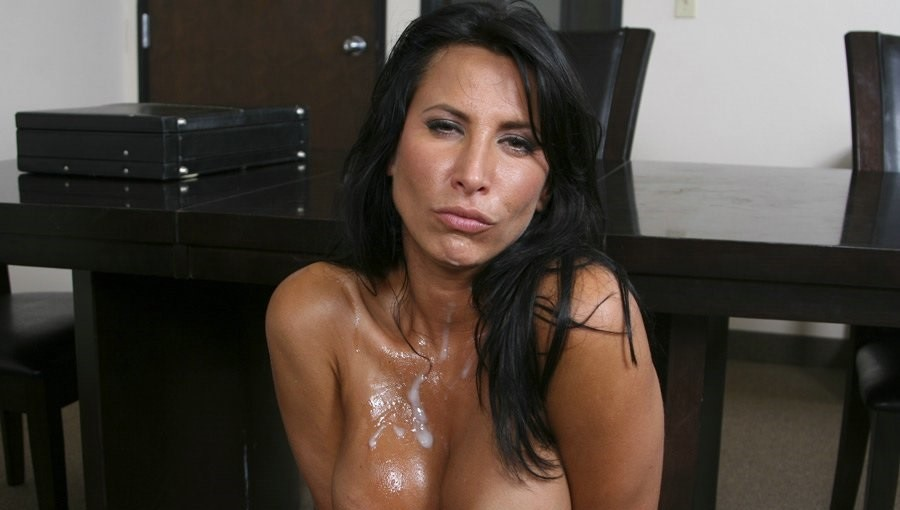Lezley Zen Nude Photos