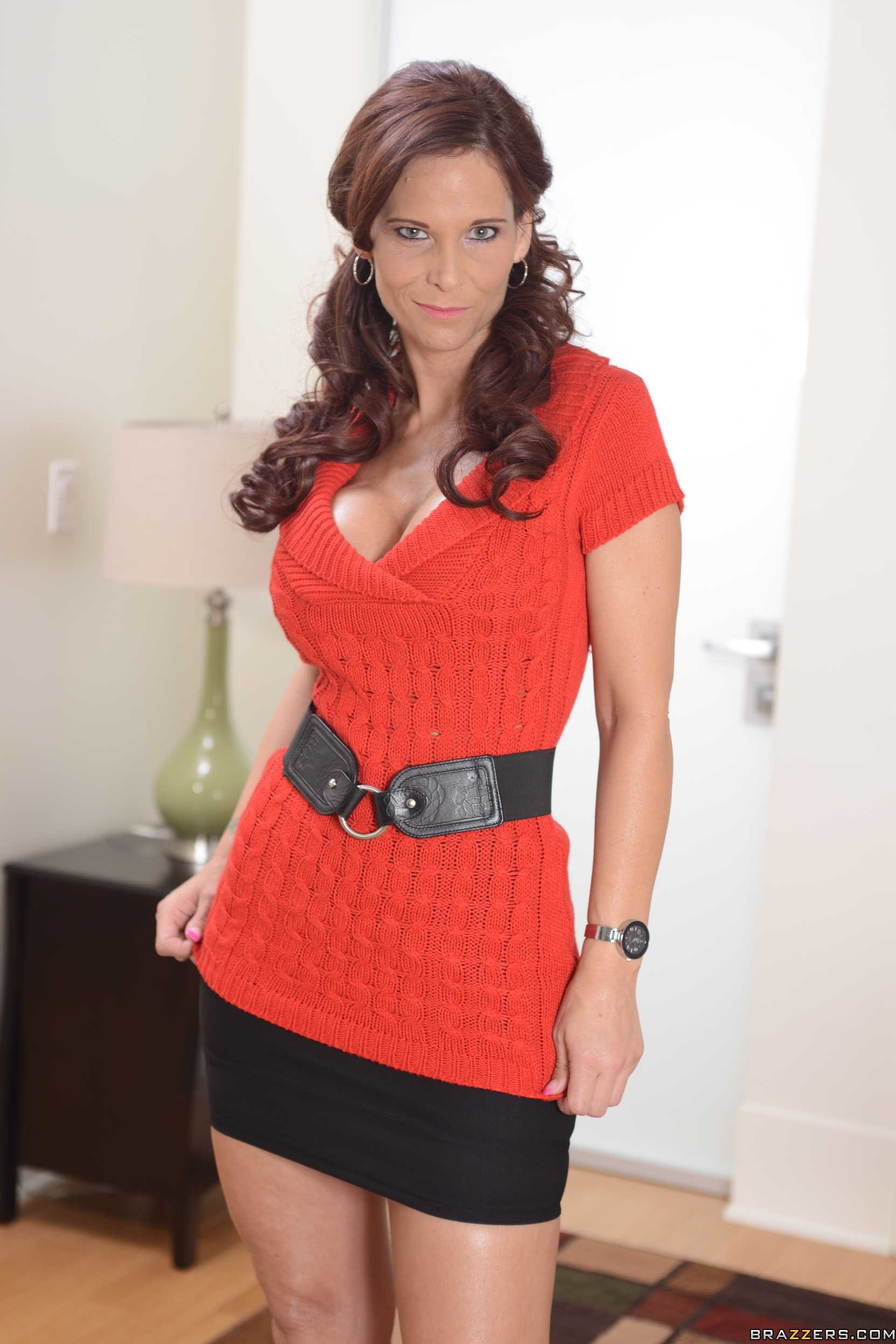 Syren De Mer Red Dress 2