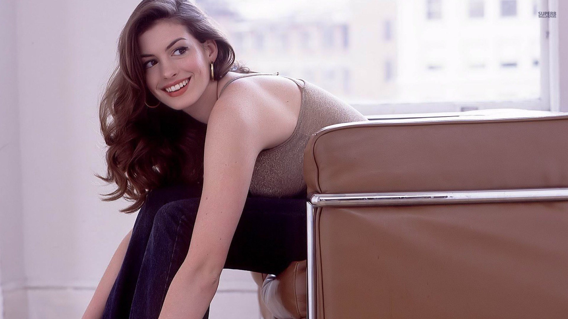 Anne Hathaway Wallpapers 8