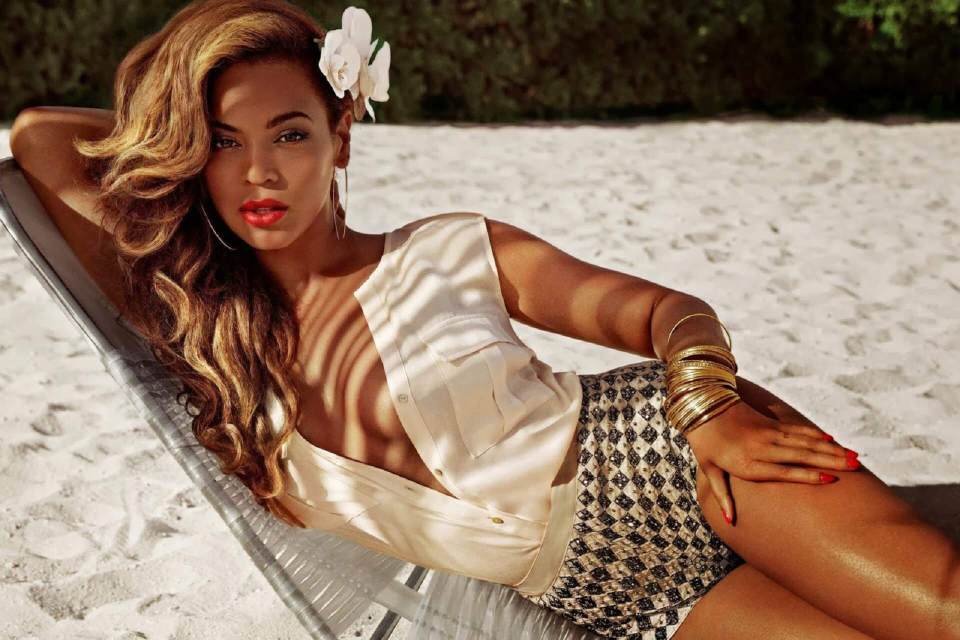 Beyonce Knowles Background image