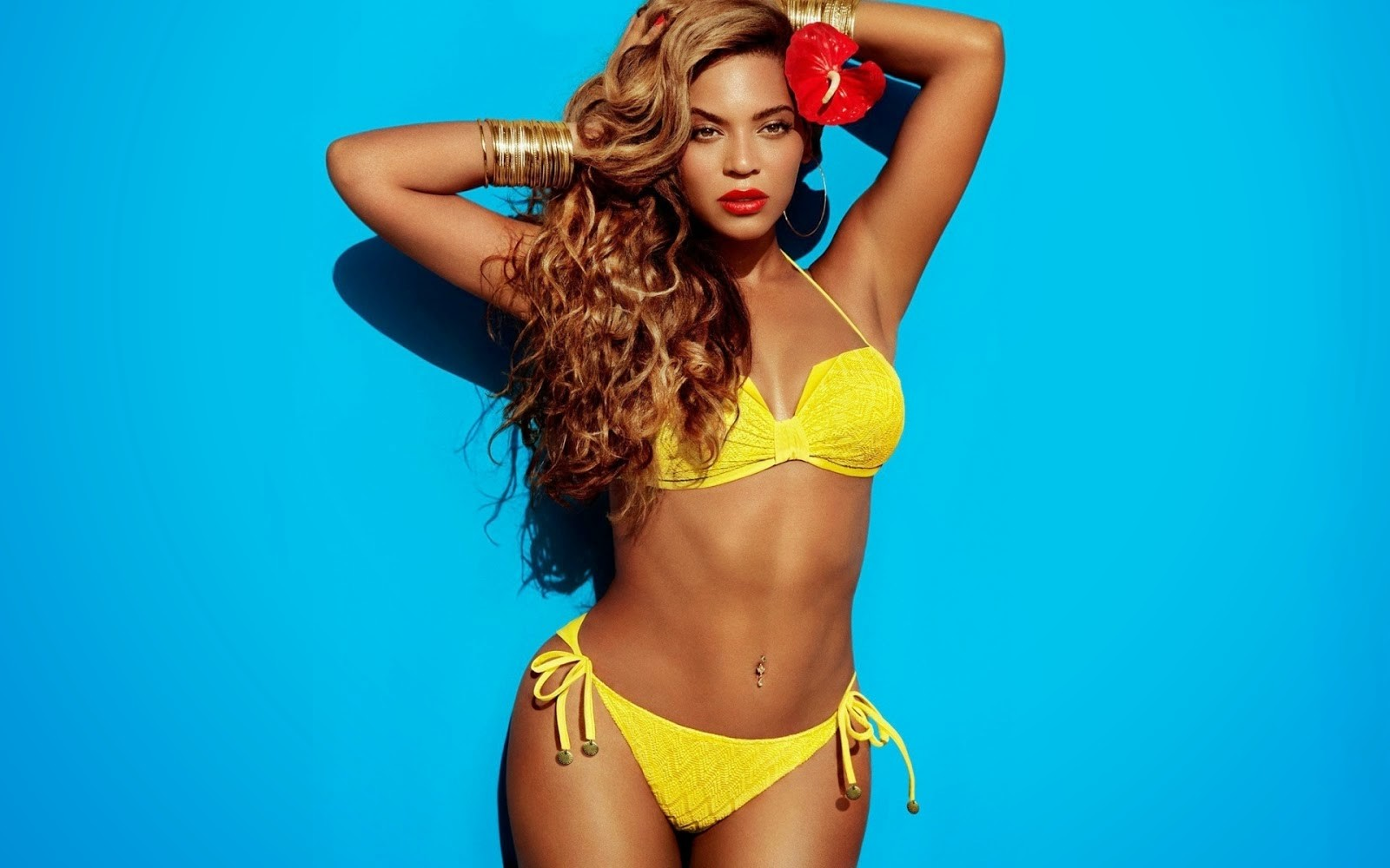 Beyonce Knowles Bikini Wallpapers