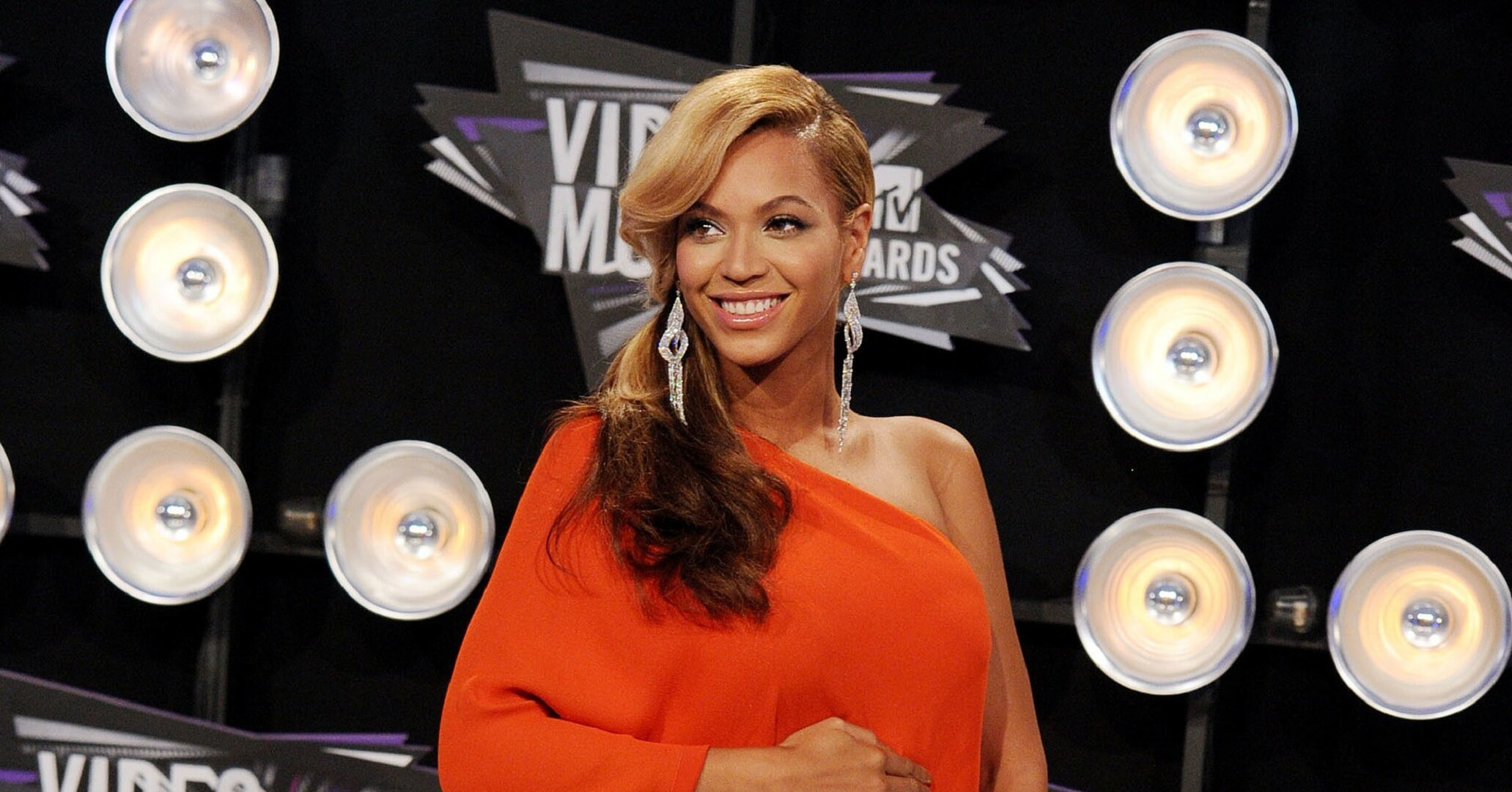 Beyonce Knowles Orange Dress