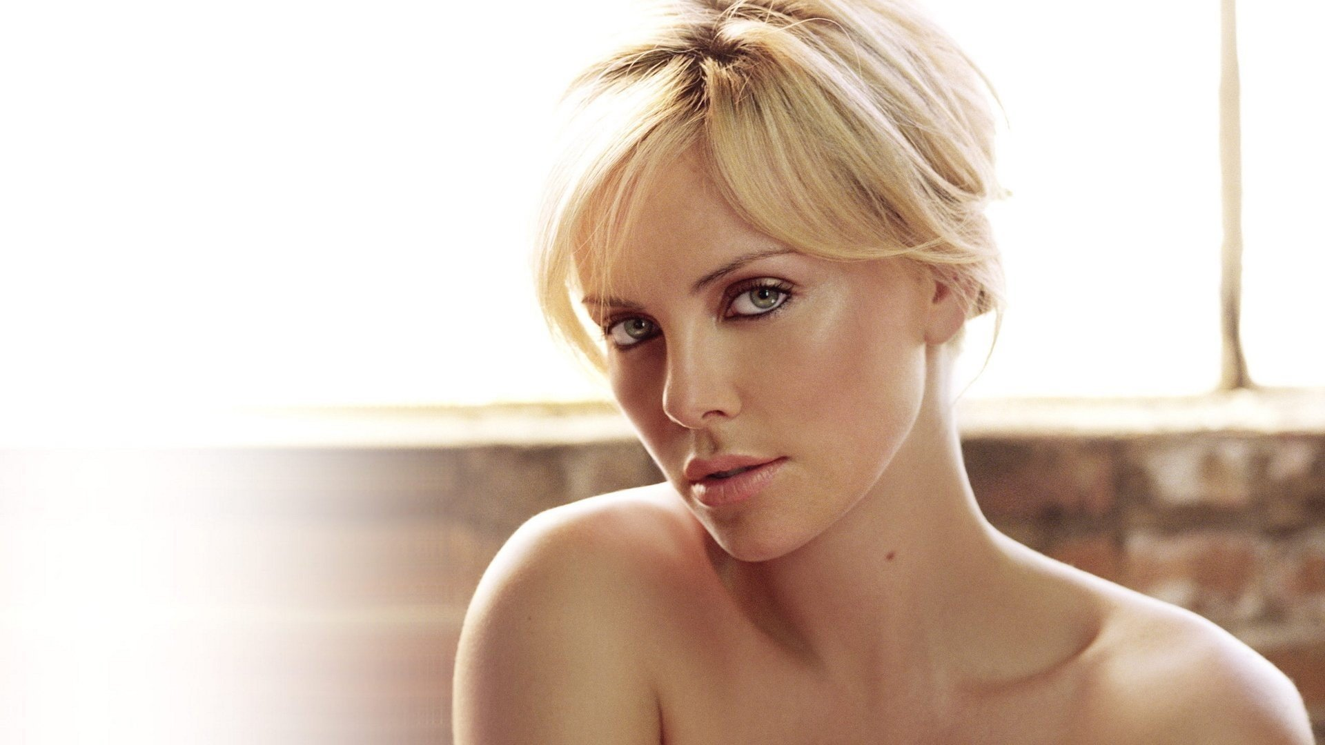 Charlize Theron 15