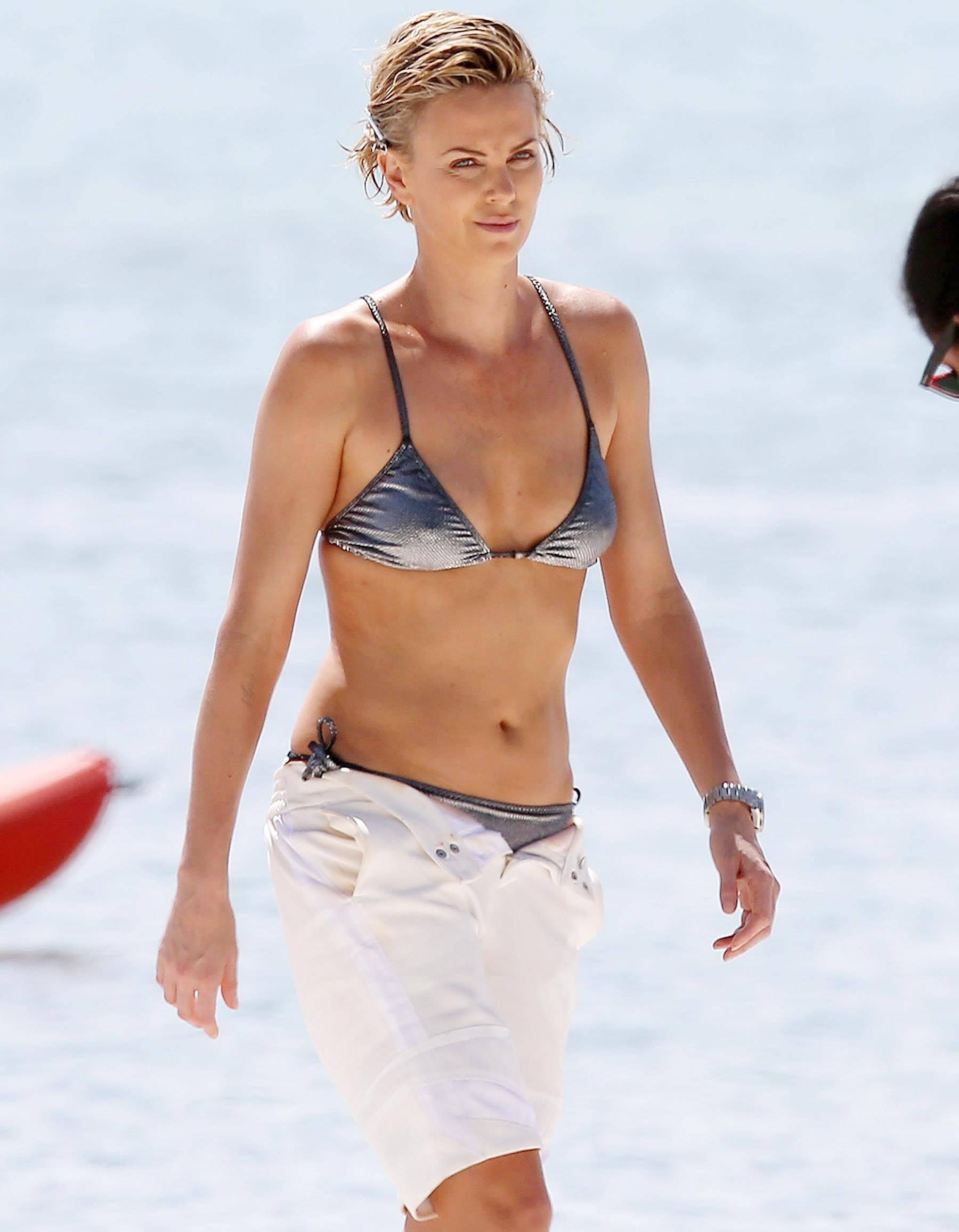 Charlize Theron Bikini 3