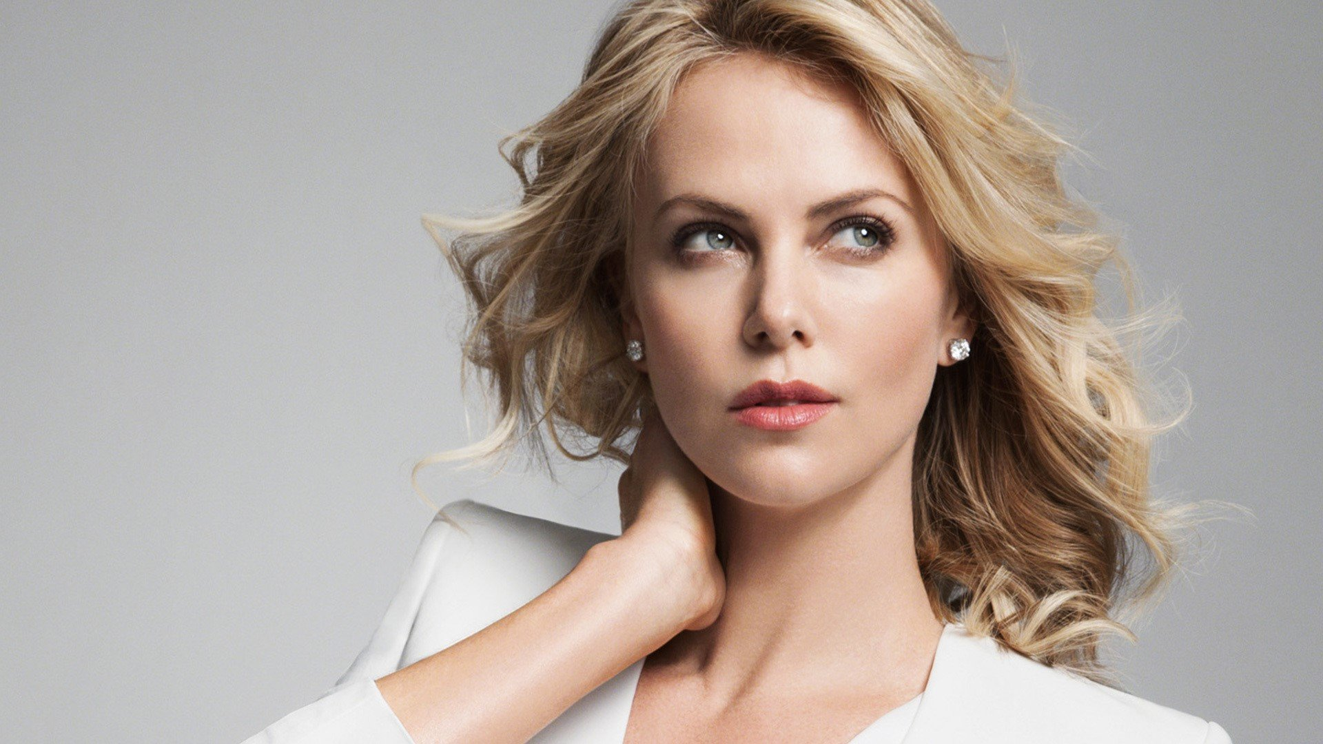 Charlize Theron HQ