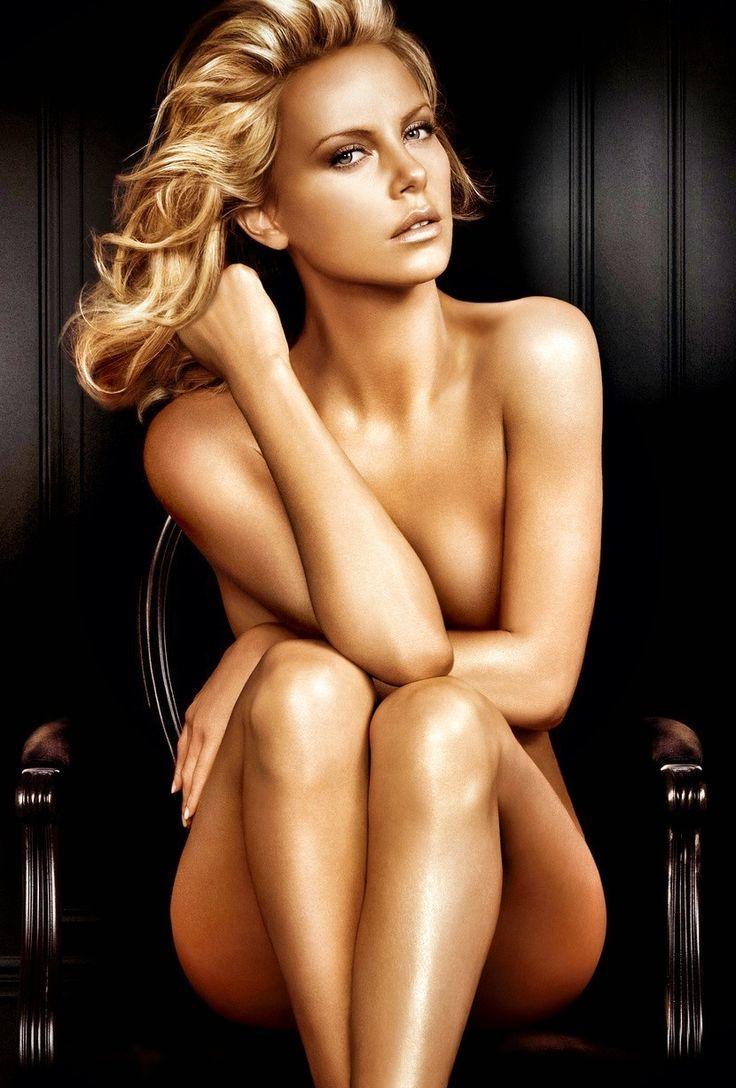 Charlize Theron Nude  Wallpics-5830
