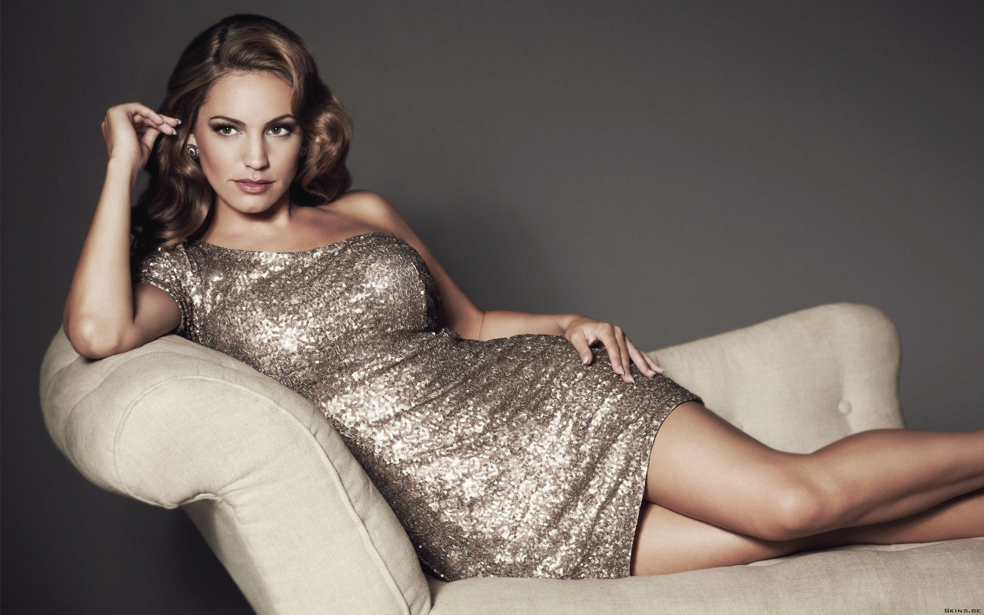 Kelly Brook Background image