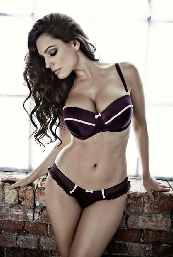 Kelly Brook Lingerie 3
