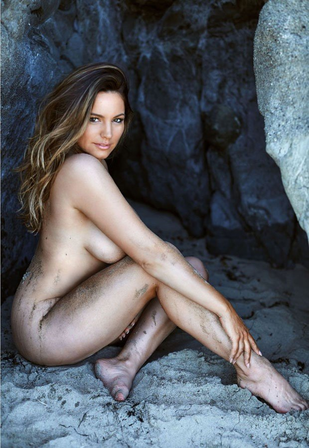Kelly Brook Nude Photos