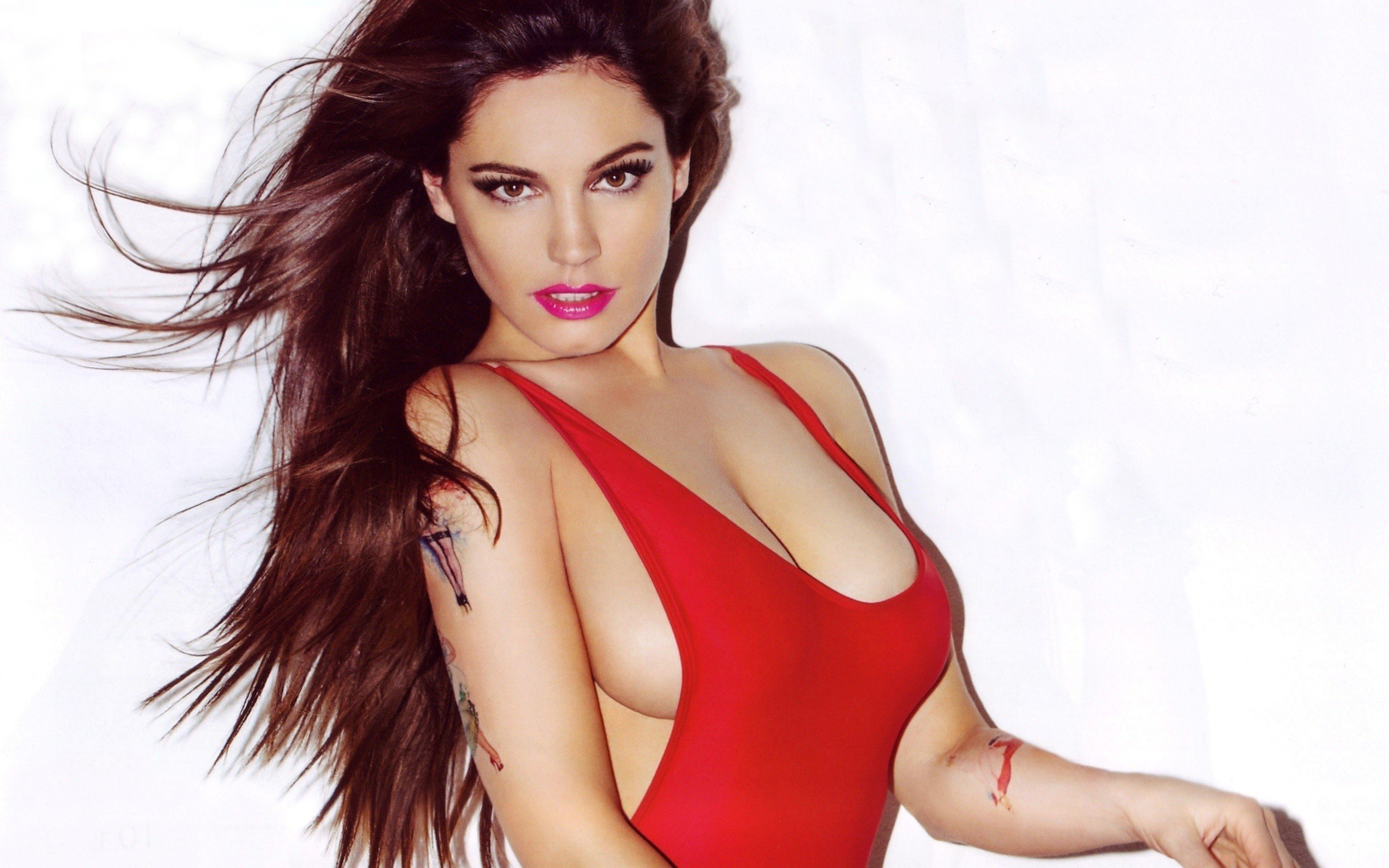 Kelly Brook Wallpapers