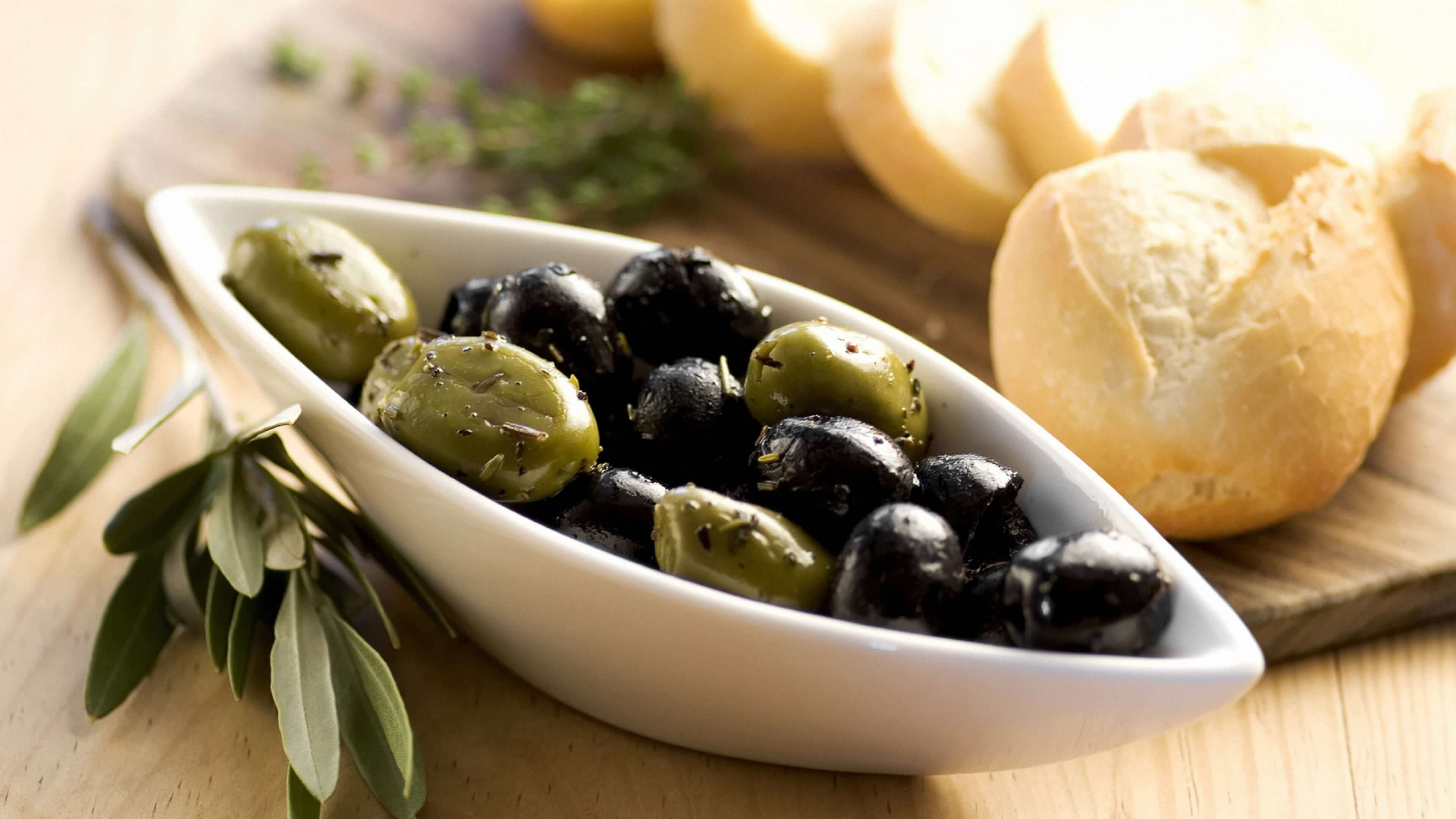 Olives Pictures