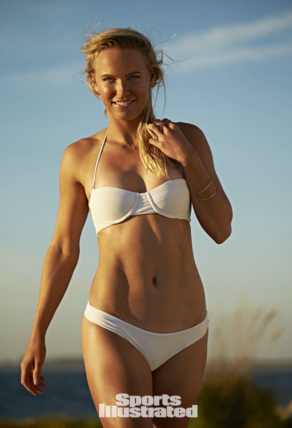 Caroline Wozniacki White Bikini Photos