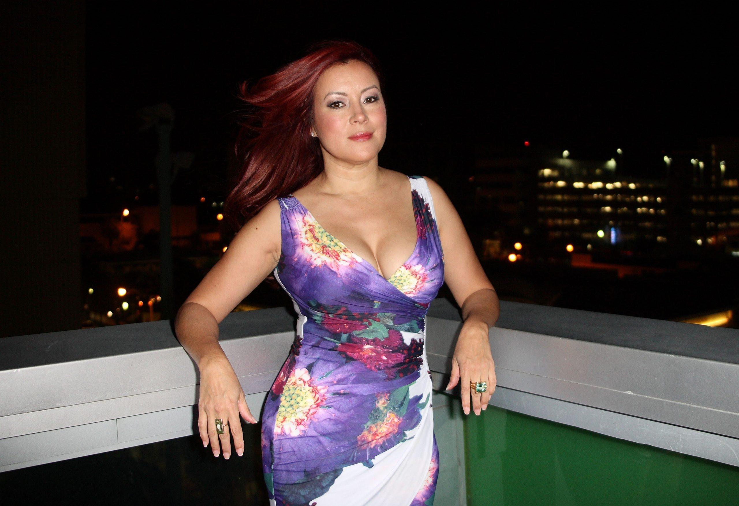 Jennifer Tilly 19