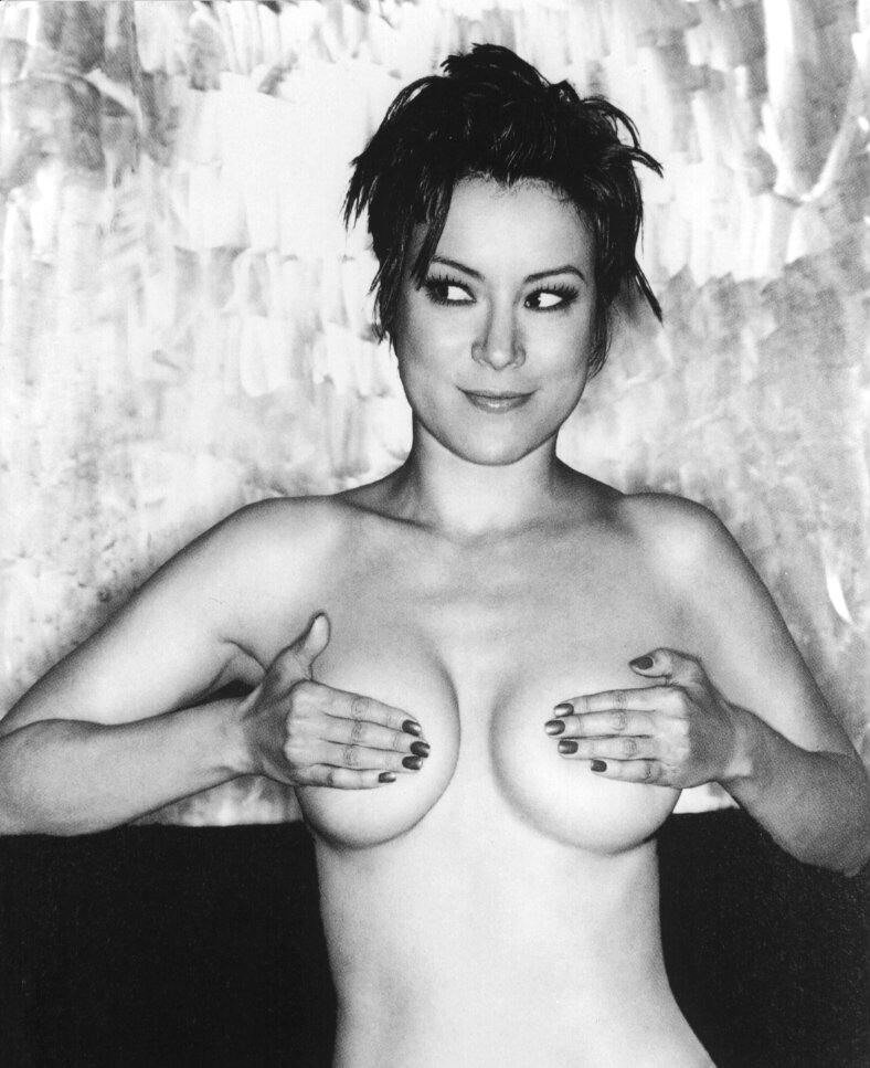 Jennifer Tilly Nude Photos