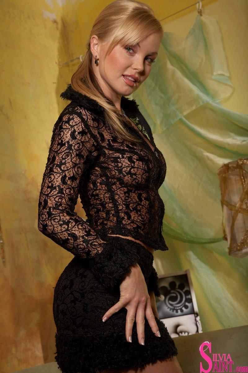Silvia Saint 25