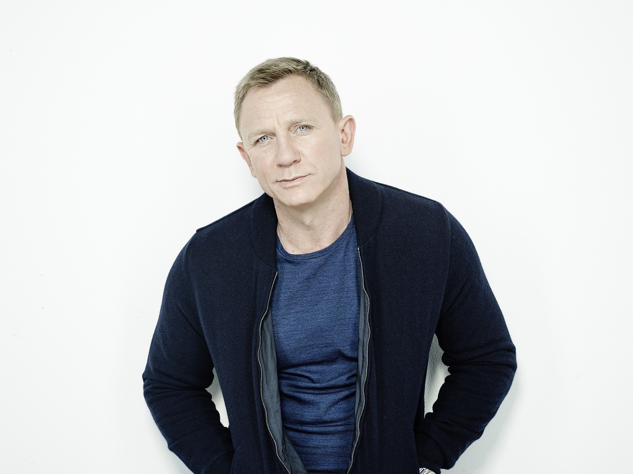 Daniel Craig Laptop Wallpapers
