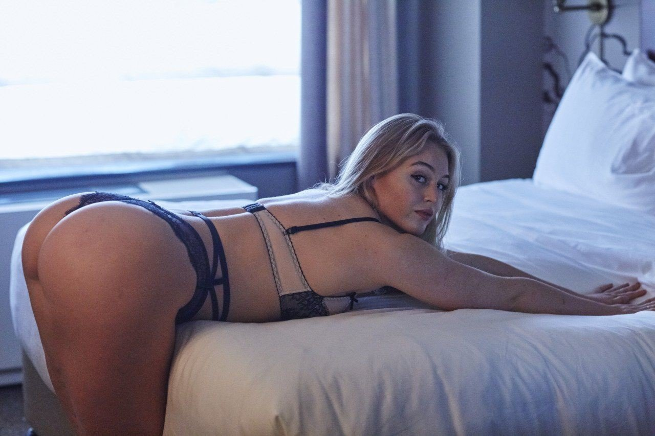 Iskra Lawrence Hot