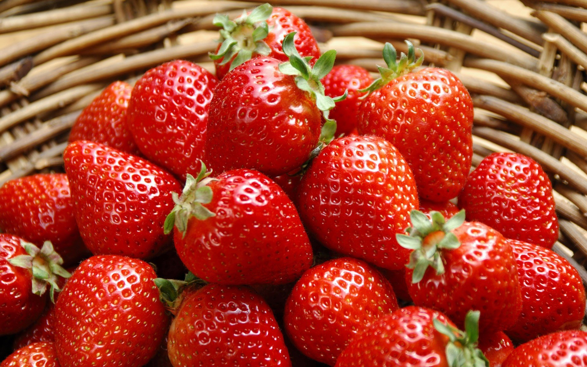Strawberry Photos