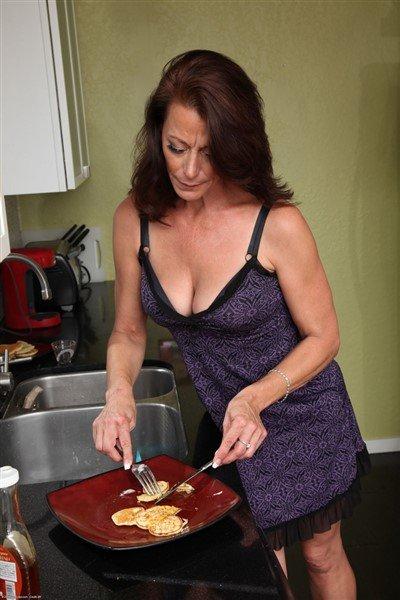 Mimi Moore Nude Photos 68