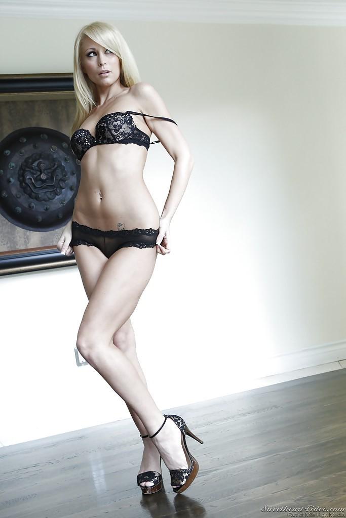 Monique Alexander Lingerie