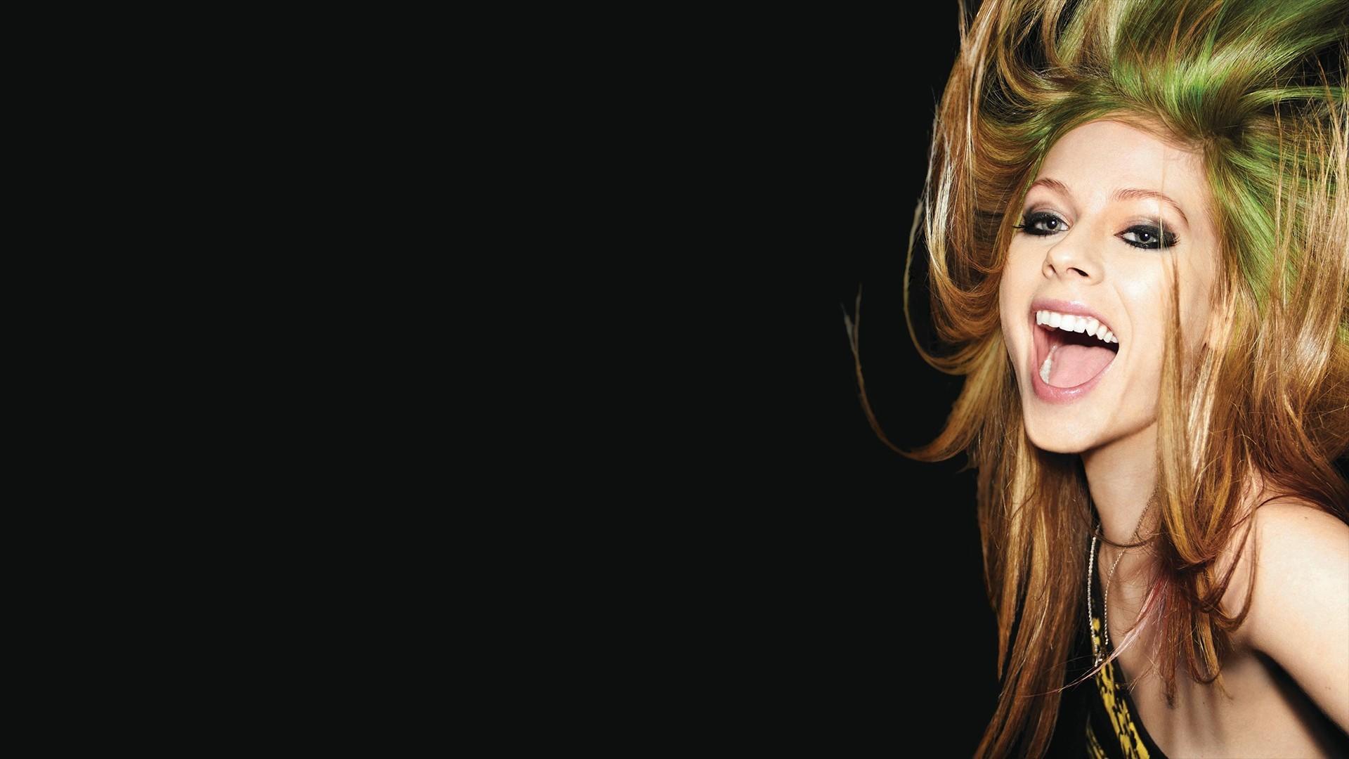 Avril Lavigne Background images