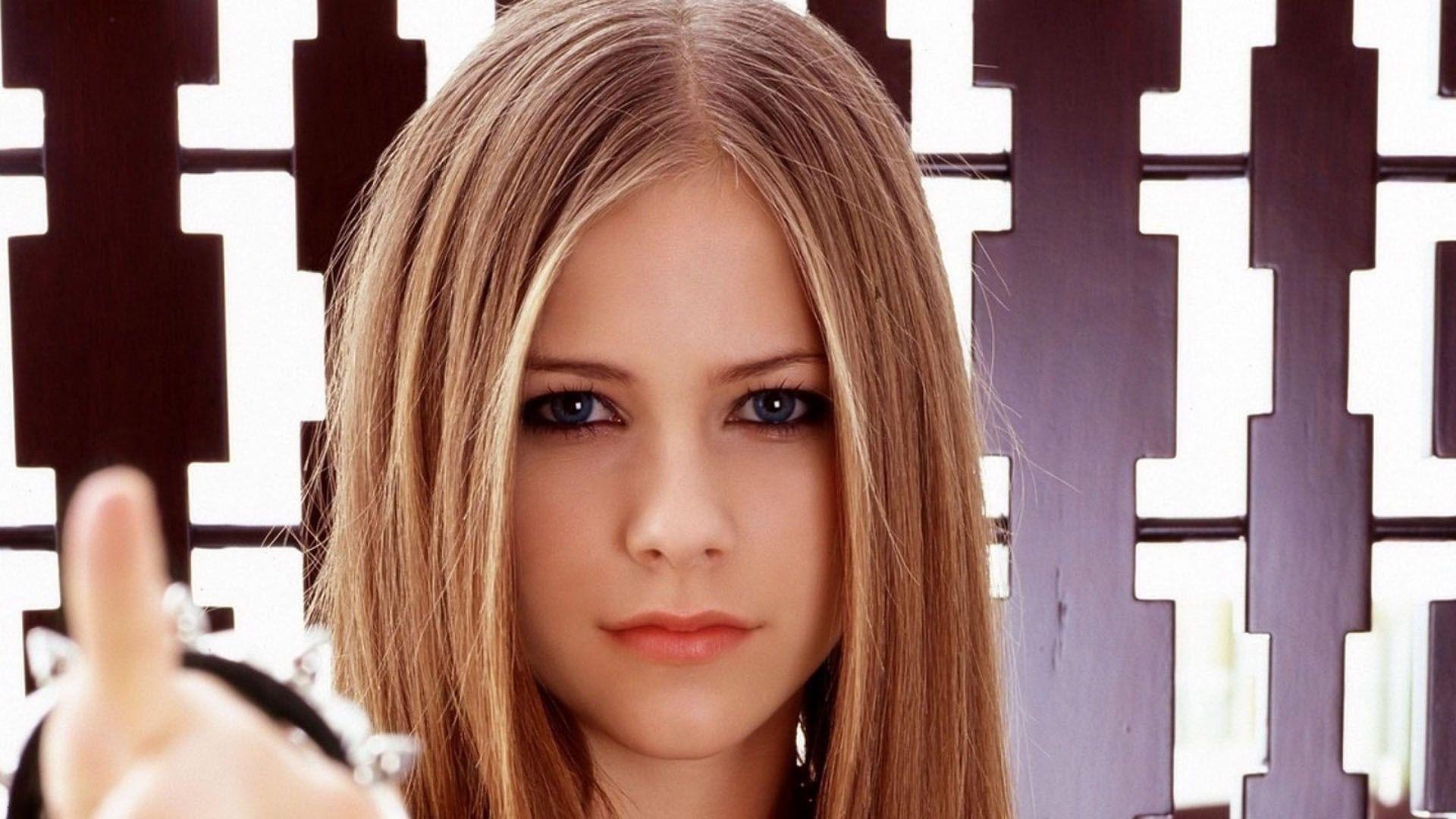 Avril Lavigne Desktop