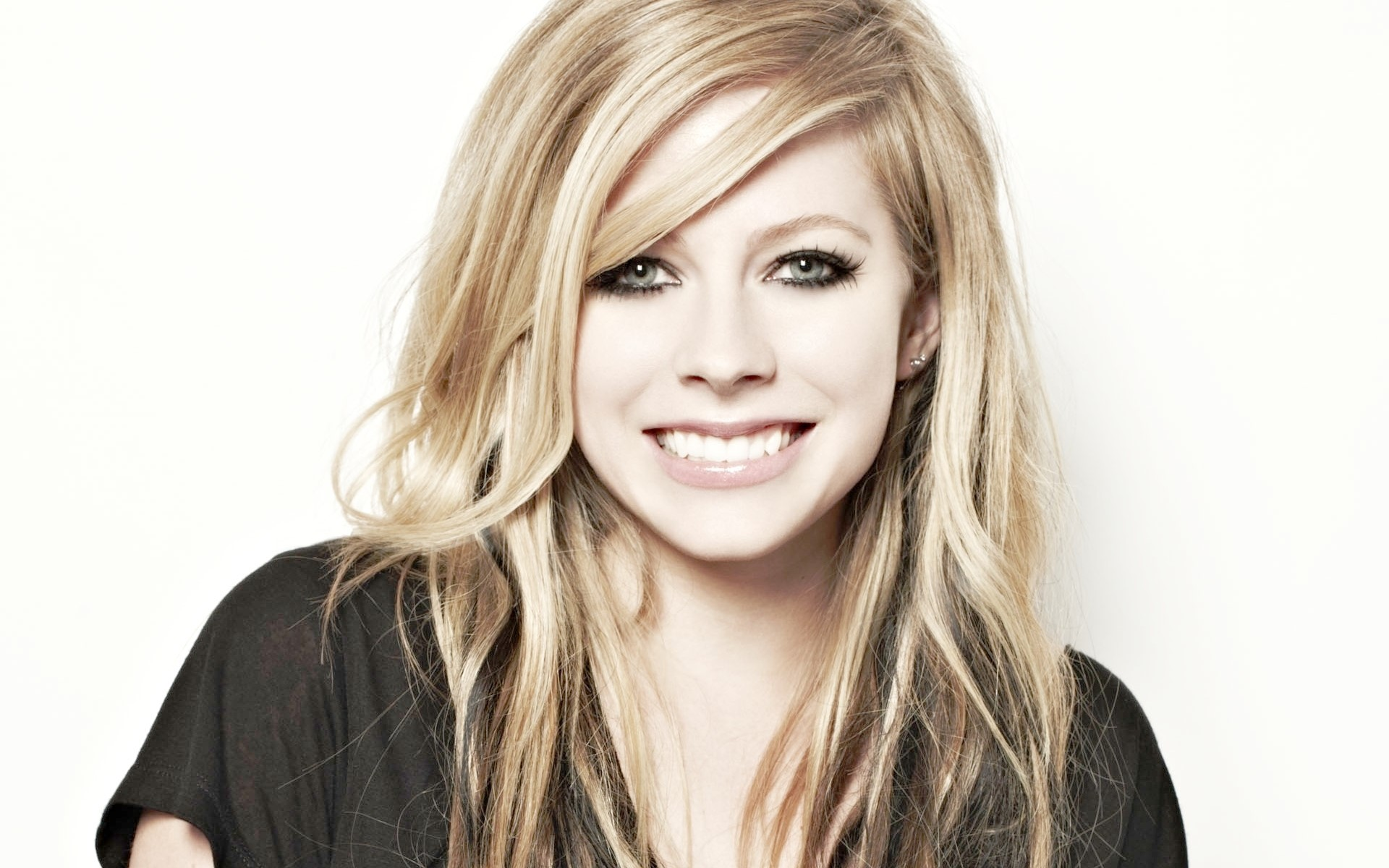 Avril Lavigne Laptop Wallpapers