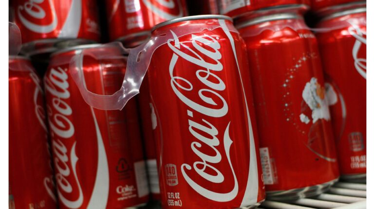 Cola Pics