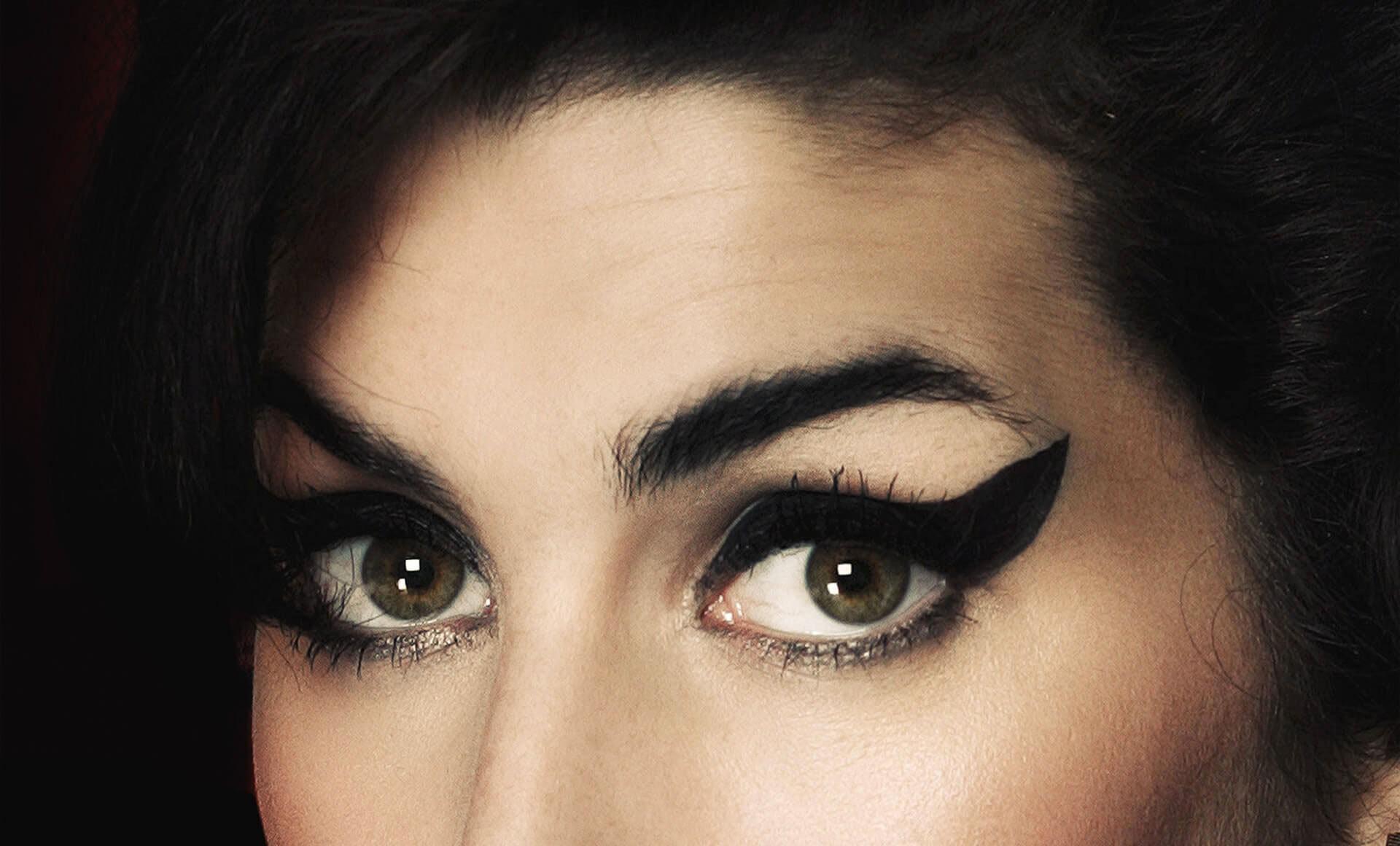 Amy Winehouse 19