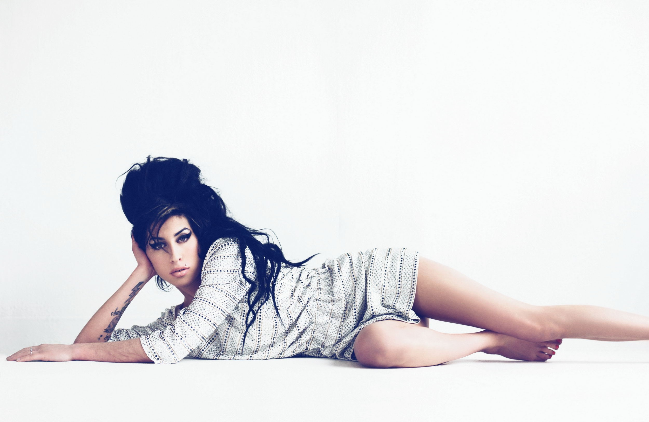 Amy Winehouse PC Wallpapers